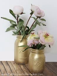 DIY Mason Jar Vases - Gilded Gold Mason Jar Vase - Best Vase Projects and  Ideas