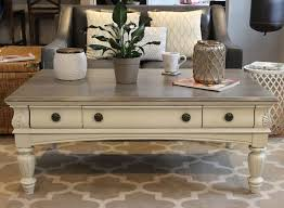 chalk painted coffee table chalk