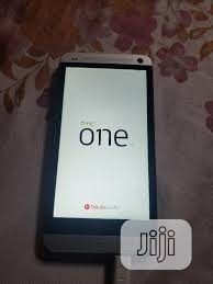 HTC One Dual Sim 32 GB Silver in Ogba ...