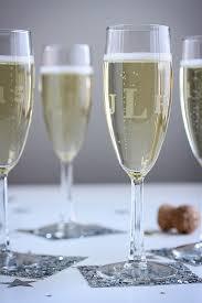 diy etched monogrammed champagne glasses wedding favor