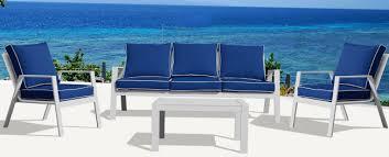 pc seating set w navy blue cushions