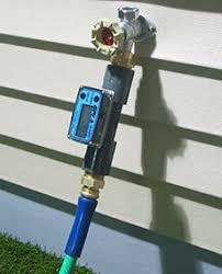 tm digital water meter between spigot and garden hose nozzle