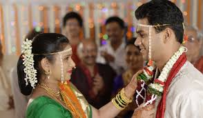 differences between arranged marriage vs love marriage new love  arranged marriage
