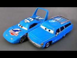 cars the movie the king. Simple King Pixar Cars Mr The King U0026 Mrs Dinoco Movie Moments Mattel Disney  World Of Edition Intended