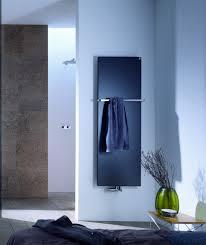 <b>Водяной</b> дизайн-<b>полотенцесушитель Zehnder Fina</b> Bar