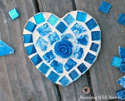 Make a Broken China Heart Mosaic! In this step by step DIY mosaic tutorial,