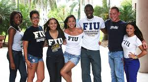 discover florida international university fiu resident assistants from housing residential life show off their panther pride