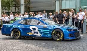 2018 chevrolet nascar camaro. delighful camaro chevrolet unveils 2018 camaro zl1 nascar cup race car throughout chevrolet nascar camaro r
