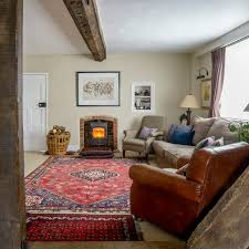 country living room with patterned rug