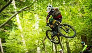 enduro rocky mountain bicycles