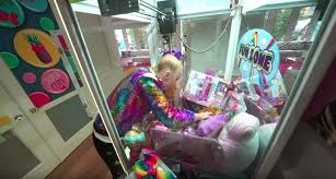 Get your tickets asap because a lot of cities are sold out!!!. Here S What Jojo Siwa S House Actually Looks Like