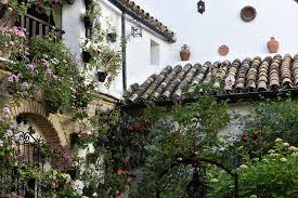 córdoba patio spanish roof tiles