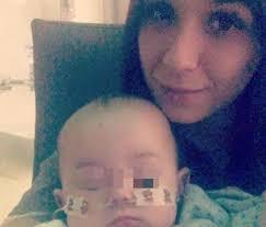 Coronavirus Cina | bimbo colpito dal virus in Inghilterra FOTO