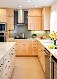 kitchens with light cabinets great kitchen color schemes with light maple cabinets remodel with kitchen color