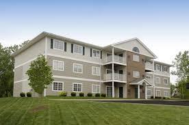 Presque View Apartments