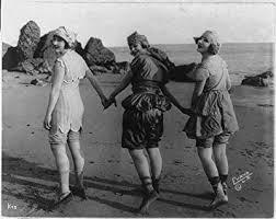 Amazon.com: HistoricalFindings Photo: Lillian Langston,Edith Roberts,Myrtle  Reeves,Bathing Suits,Beach,October c1918: Furniture & Decor