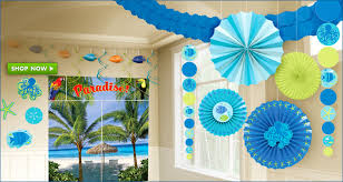 Bright and bold summer decor