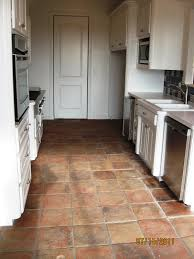 Terracotta Floor Tiles Kitchen 300 Year Old Terracotta Floor Tiles Http Wwwlapicidacom 300