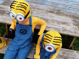 8 diy minion costume plans