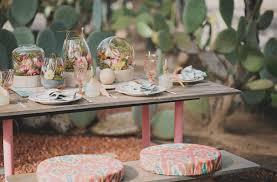 desert blooms tablescape