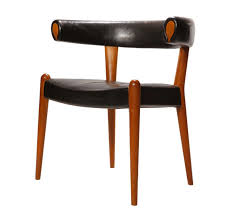 Wegner Upholstered Bull Roman Chair By Johannes Hansen