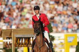Jos Verlooy uitgesloten op WK Jumping na val - Gazet van Antwerpen Mobile