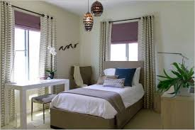 Bedroom: Curtains For Small Bedroom Windows