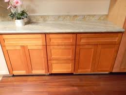 maple shaker kitchen cabinets. Click On Photos For A Larger High Res Image Maple Shaker Kitchen Cabinets T