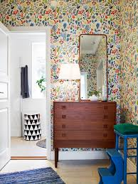 Pretty Bedroom Wallpaper Pretty Floral Wallpaper With Mid Century Furniture In This Cute