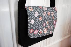 Messenger Bag Pattern Inspiration Kidsized Messenger Bag Free Pattern And Sewing Tutorial Merriment