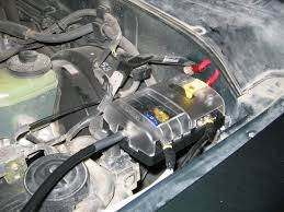 help blue sea fuse block toyota runner forum largest here s how i mounted mine in my old 4runner and i ran fuse between the battery and the battery block