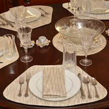 placemats for a round table unique wedge placemats gold and cream metallic stripe wedge shaped round