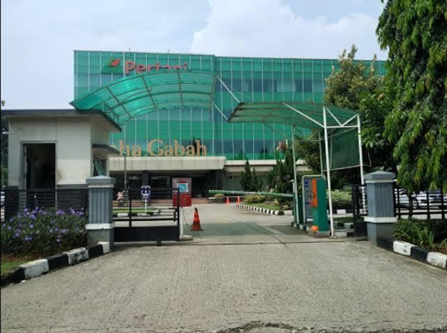 Kantor pusat PT Pertani (Persero).