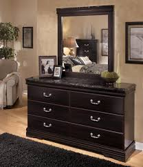 Signature Design by Ashley Esmarelda 6 Drawer Dresser with Faux