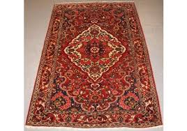 antique persian bakhtiari village rug fl medallion d