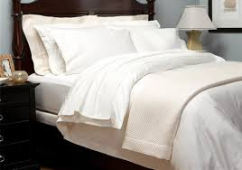 whole luxury bedding 5 stars hotel 1800 tc bedding set 100 egyptian cotton set spain queen size white ivory colors customize purple duvet cover zebra