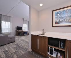 hampton inn suites cincinnati mason hotel oh queen studio room wetbar