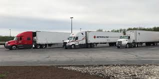 Heavy Duty Truck Repair: So You Think You Want to Fix Big Rigs ...