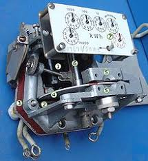 electricity meter mechanism of electromechanical induction meter 1 voltage coil many turns of fine wire encased in plastic connected in parallel load