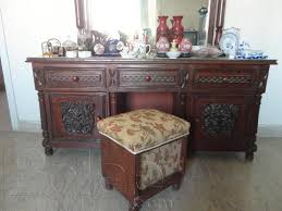 Small Picture Pictures of A beautiful luxurious carving single bedroom set