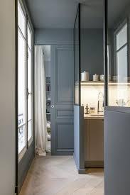 Un appartement haussmannien décoré par le studio de design intérieur ...