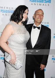 Writer/producer Sam Simon and Kate Porter attend Mercy For Animals... News  Photo - Getty Images
