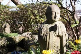 japanese stone temple figures