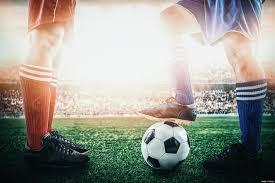 Zuschauer im achtelfinale im wembley stadion. Fussball Regeln In Kurzfassung Neue Fussballregeln 2019