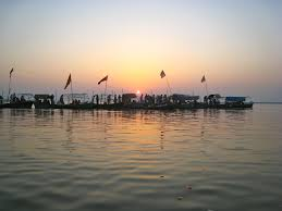 essay on kumbh mela indische hinduistische gl auml ubige kinder  words essay on a to a religious place