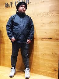太めぽっちゃり男性の春夏ファッションアウターはアウトドア系で