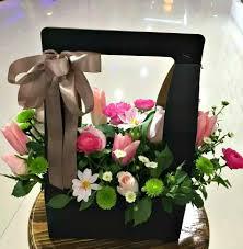 Flower box design Cardboard Our Florist Mixes Selection Of Beautiful Flowers Into Our Custom Flower Box To Create Flowers Florist Choice Flower Box Design Flowerandballooncompanycom