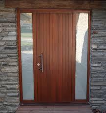 1 2 4 front entrance door outside 2 sidelights