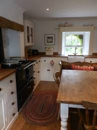 simple country kitchen designs. Delighful Designs Kitchen Country Cottage Kitchen Pictures Pictures Of Old Cottage Kitchens  Simple Kitchen  Cindydavishomescom For Simple Designs E