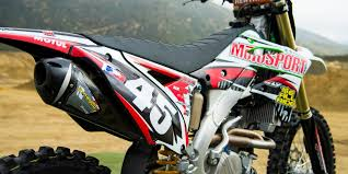How to Pick the Best 4-Stroke Exhaust for Your Dirt <b>Bike</b>   MotoSport